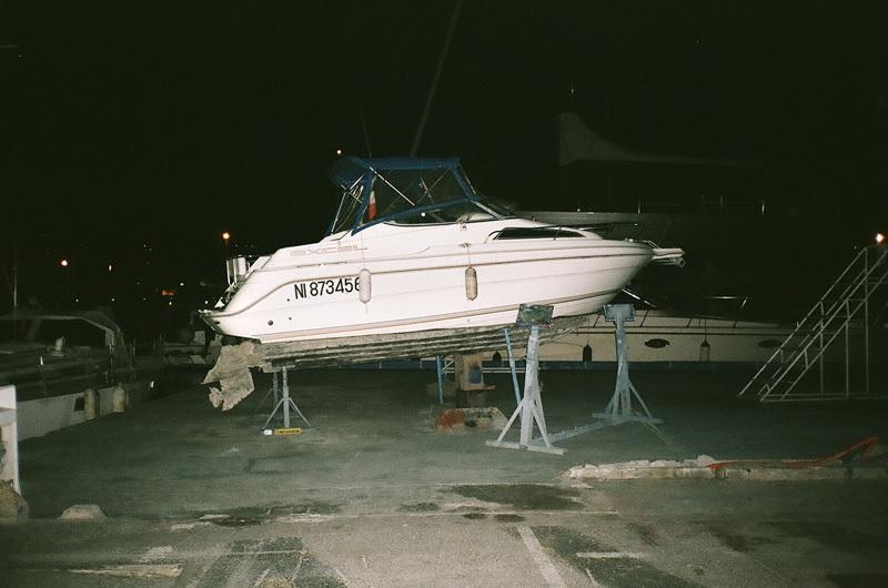bateau près du port - St Laurent.jpg