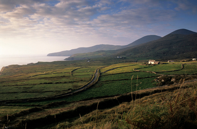 Sant Finan's Bay,Kerry,2001