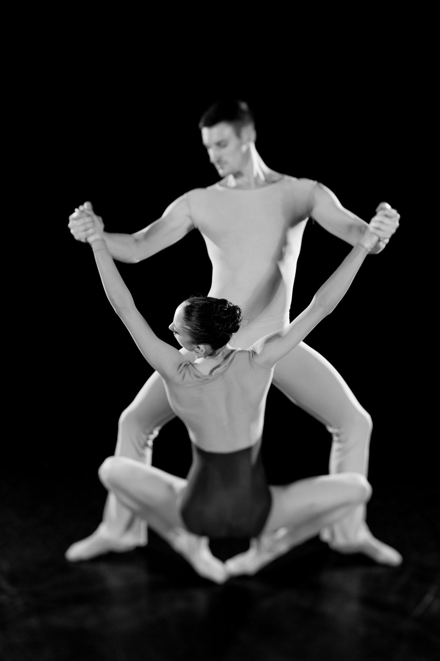 MANNY_DANCE_25.JPG