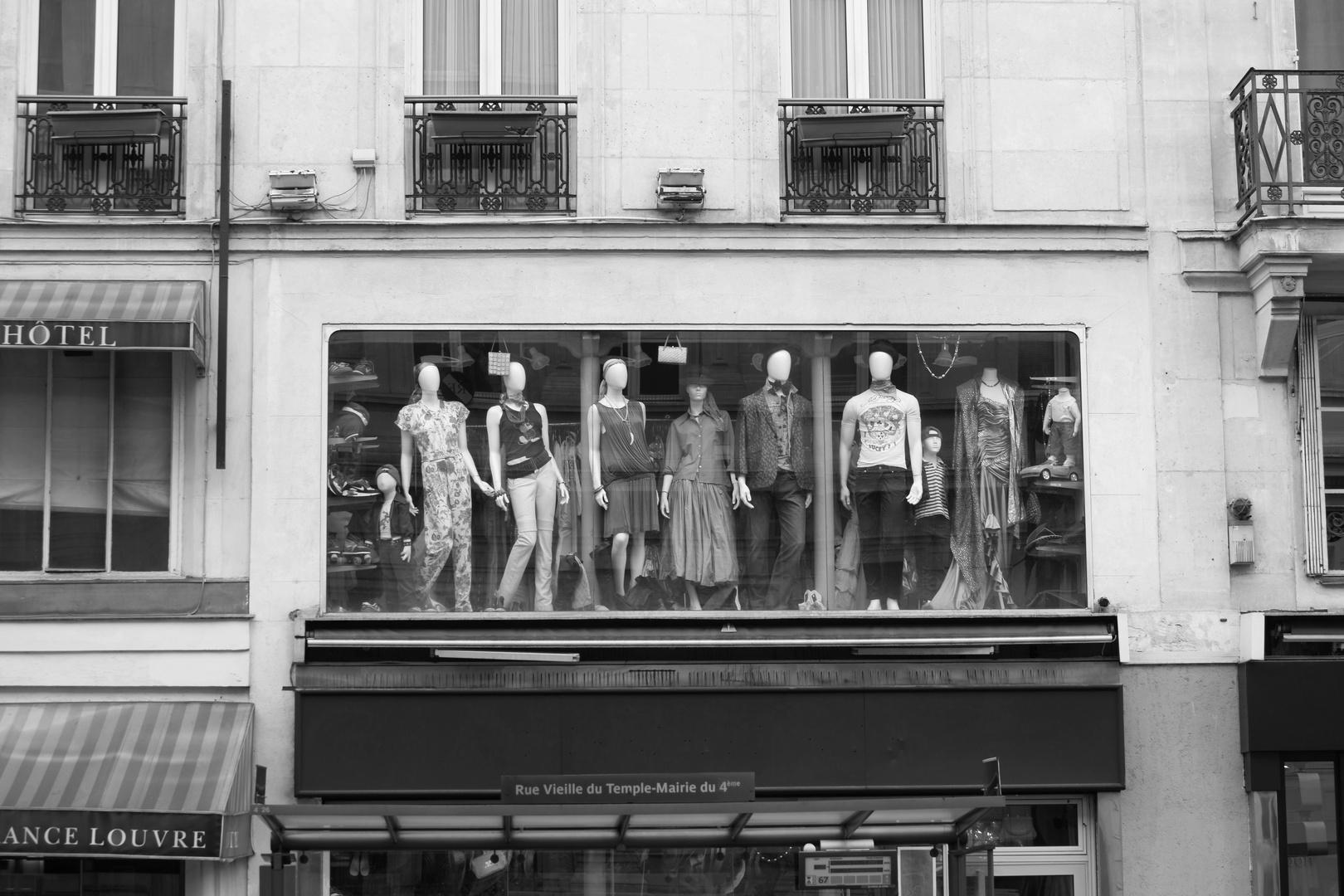 deuxieme étage - les mannequins no. 2