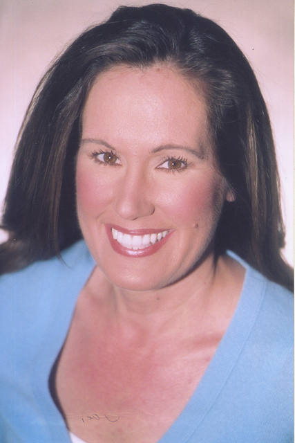 VALERIE GRAY- COMMERCIAL ACTRESS.