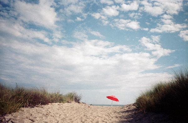 ombrellone rosso-wb.jpg