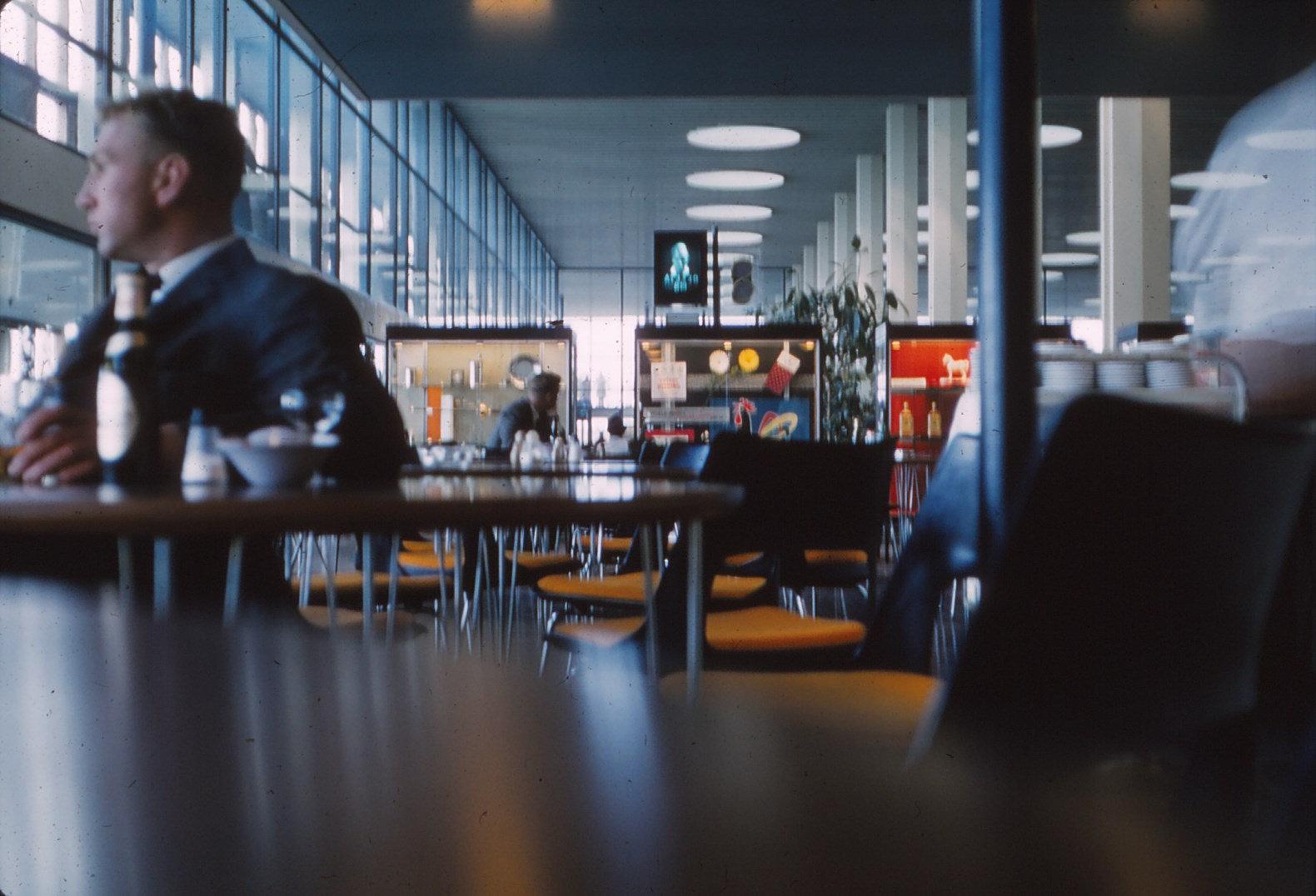 1220 (31) Luchthaven Kastrup