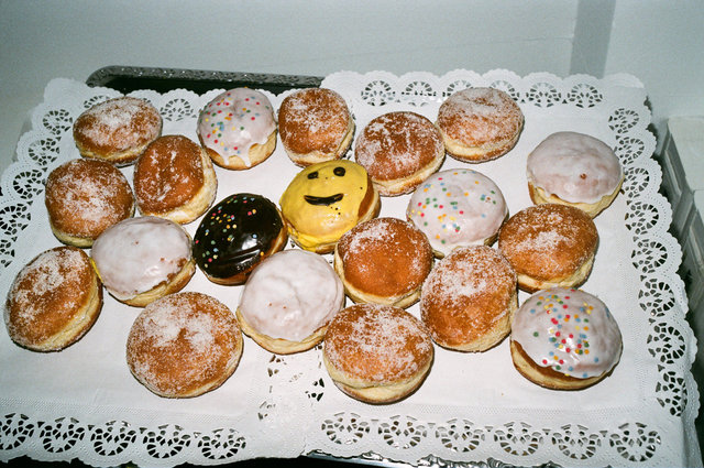 4_berliner, happy.jpg
