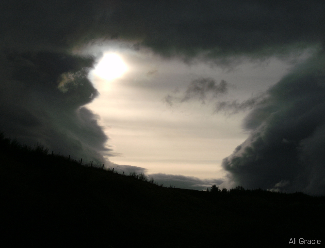 Storm Closing In by Alison Gracie